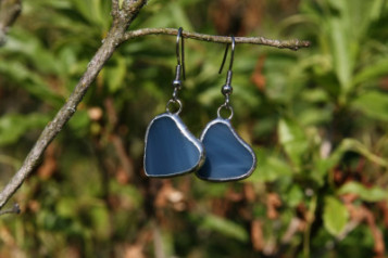 earrings hearts - historical glass