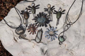 Tinned jewel - historical glass