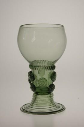 Romer - 42 - historical glass