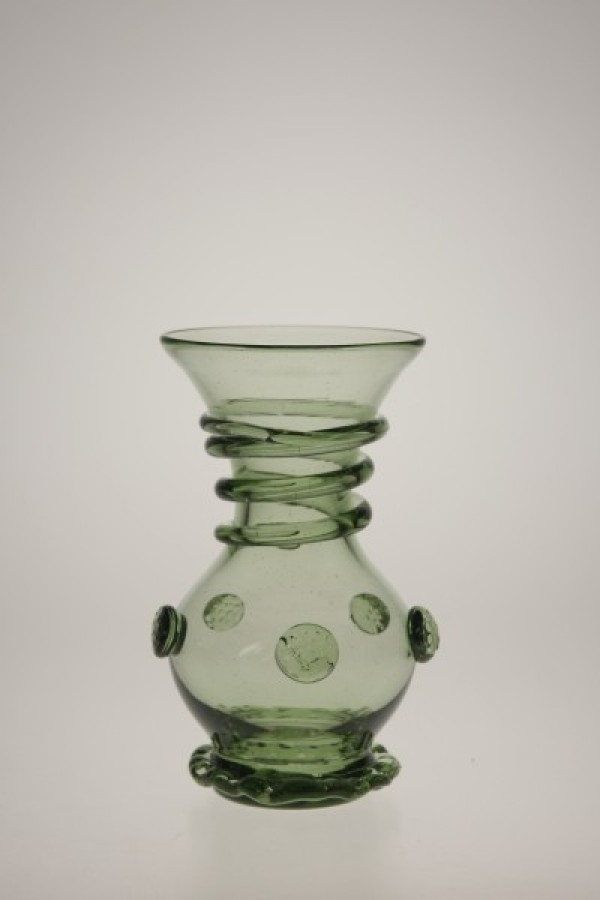 Small vase - 36 - historical glass