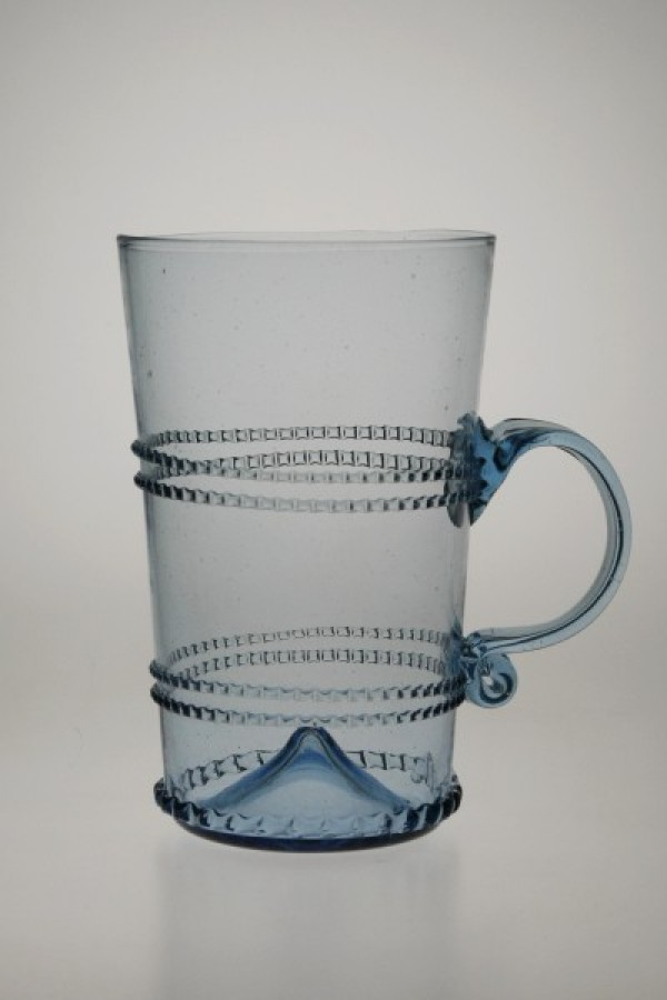 Glass decorated with winding with handle straight - 810M - historical glass