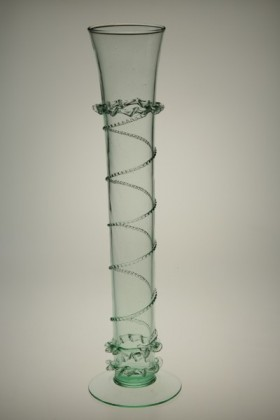 Gothic whistle decorated with rag and split thread - 850 - historical glass