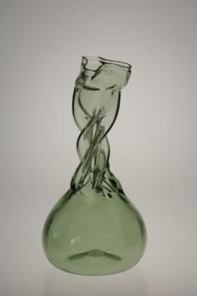 Kutrolf straight - 334 - historical glass