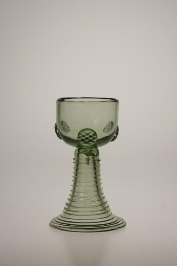 Small Romer - 38 - historical glass