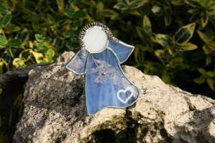Angel blue with heart - historical glass