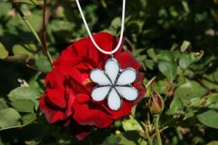 jewel flower white - historical glass