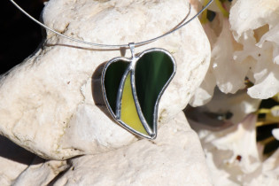 jewel green-yelow - historical glass