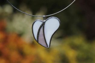 jewel heart for romance - historical glass