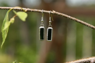 earrings green small - historical glass