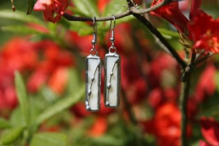 earrings beige - historical glass