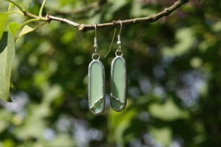 earrings green decorated2 - historical glass
