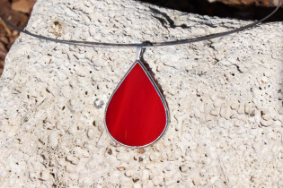 jewel drop red - historical glass