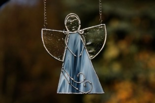 Angel from the sea 2 - historical glass