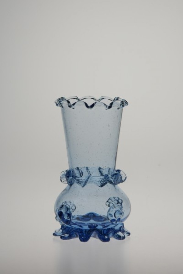 Blue vase 853-854 - historical glass