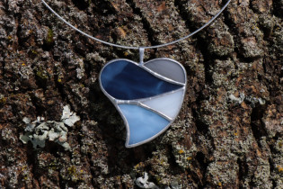 jewel heart big blue - historical glass