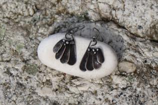 earrings shells - historical glass